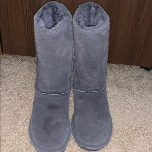 Women  bear paw boots (tall ones)